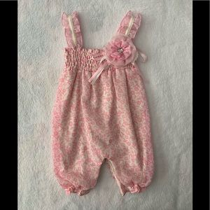 Nannette Baby pink and white romper 0-3 months